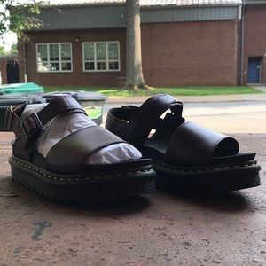 ba10708ef2fe Dr. Martens Shoes - BRAND NEW VOSS SANDALS DR MARTENS